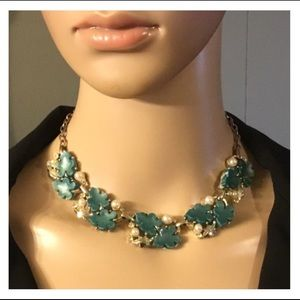 Vintage Green Leaf Pearl Gold Necklace